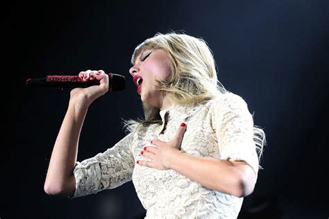 Taylor Swift Turns Denver's Pepsi Center 'Red' – Exclusive