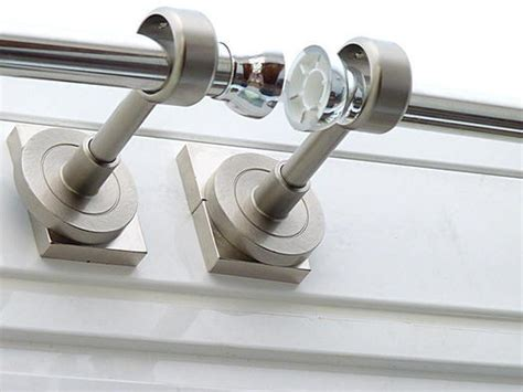 Magnet applications - Fasten curtain rods with magnets