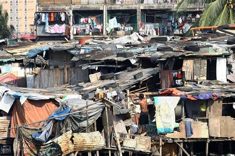 'Half of Filipino households vulnerable to poverty