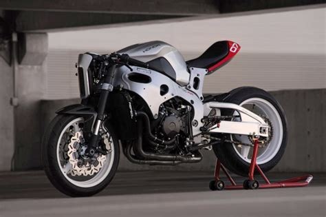 """Turn your CBR1000rr into a """"cafe fighter""""   Bike EXIF"""