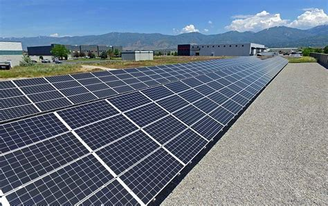 Commercial Solar Pays Off Big for Auto Dealers